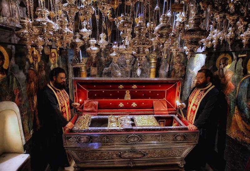 Πρόγραμμα Θρησκευτικών Εκδηλώσεων Αγίου Σπυρίδωνος - Κέρκυρα Σήμερα