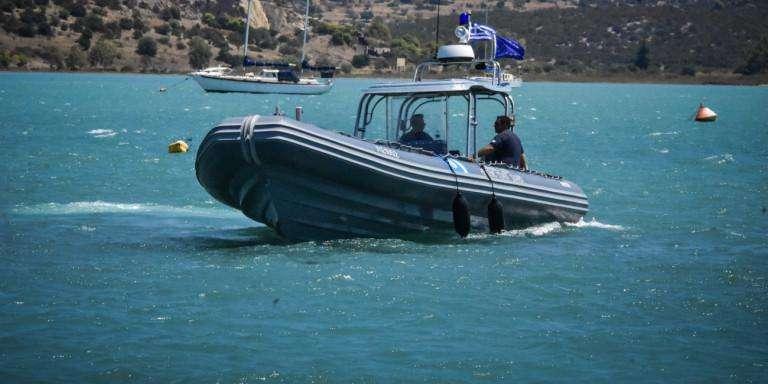 ΚΕΡΚΥΡΑ – Προσάραξε σκάφος στη Λευκίμμη